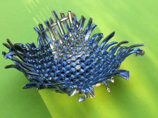 Simona Boiardi serie INTRECCI ciotola in ceramica intrecciata a mano