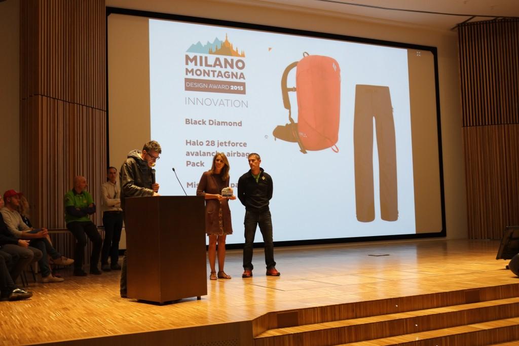Alberto Marazzi ritira il premio a Black Diamond